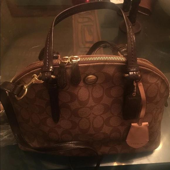 Coach Handbags - Coach done Peyton satchel